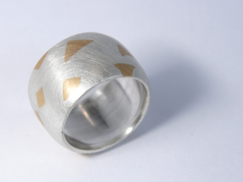 ring-bicolor